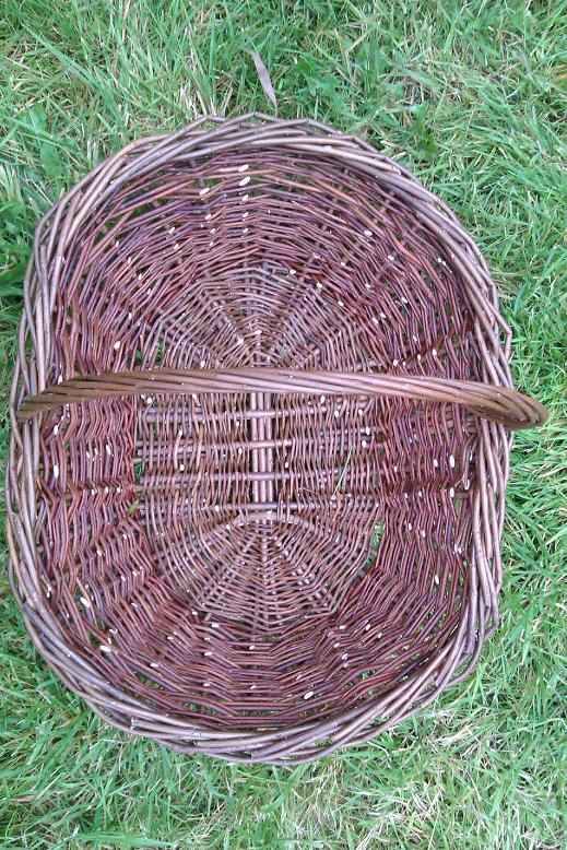 Oval garden basket top view