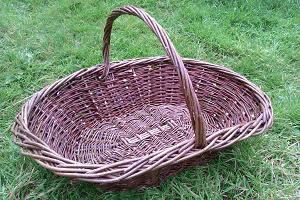 Willow Oval Garden Basket