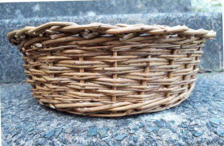Round basket side view