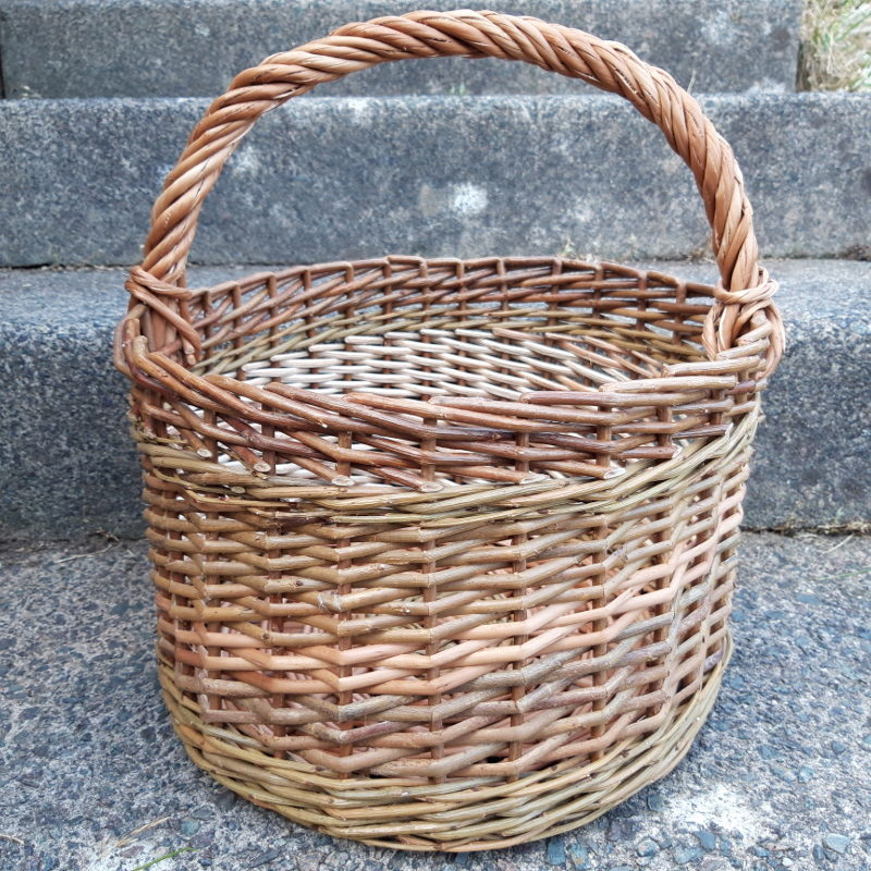 Cleaved willow basket